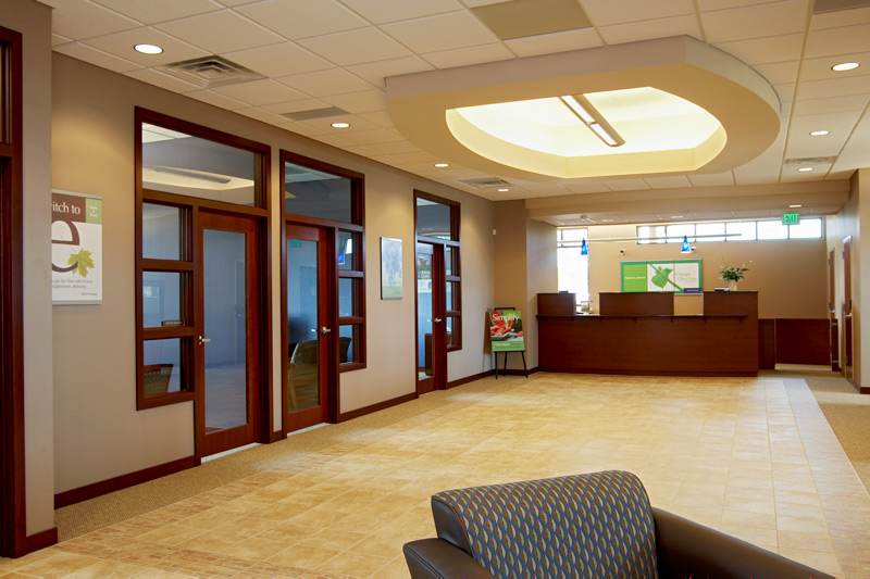 Starion Financial lobby